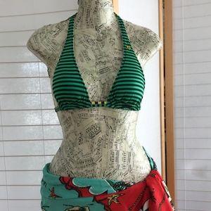 Sz S Volcom bikini top reversible striped o floral